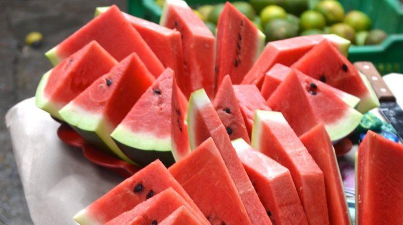 puoi perdere peso semplicemente mangiando anguria